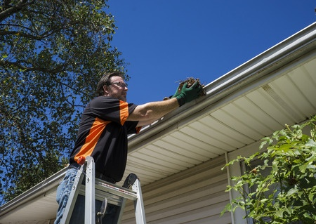 safety advice for cleaning gutters